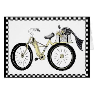 Cartão Sempre uma bicicleta do amarelo do piquenique