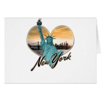 Cartão Senhora Liberdade da lembrança da skyline da Nova