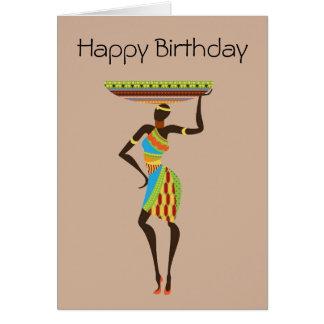 Cartão Senhora tribal africana com aniversário tribal da