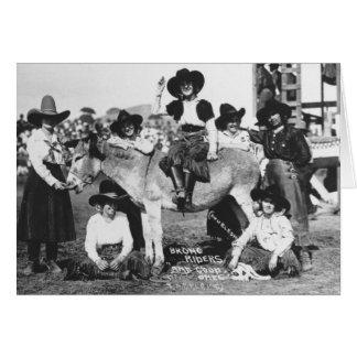 Cartão Sete vaqueiras do rodeio que levantam na