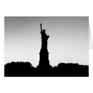 Cartão Silhueta da estátua da liberdade