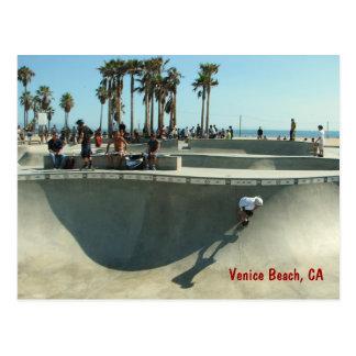 Cartão Skateboarding da praia de Veneza!