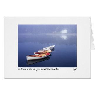 Cartão skiffs e boathouse