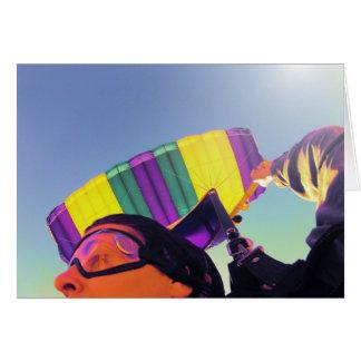 Cartão skydiver perfeito da foto