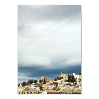 Cartão Skyline da parte histórica de uma cidade em uma