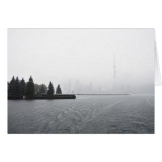 Cartão Skyline do porto de Toronto na chuva