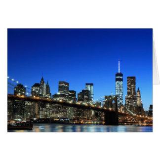 Cartão Skyline em luzes da noite, Nova Iorque de