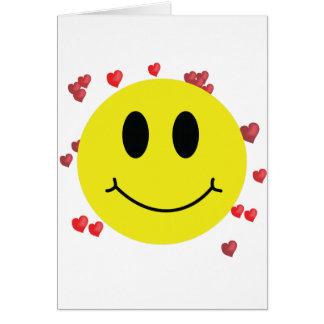 Cartão Smiley face com corações vermelhos