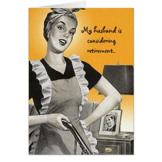 Cartão suburbano engraçado retro da senhora Marido