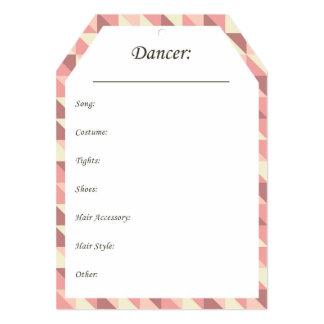Cartão Tag do cair do traje da dança no rosa