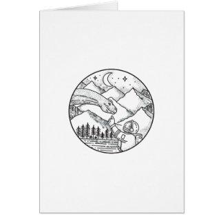 Cartão Tatuagem do círculo da montanha do astronauta do