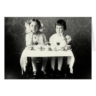 Cartão Tea party de 1900 namoradas