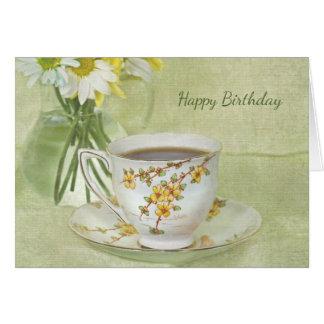 Cartão teacup antigo do aniversário com buquê da