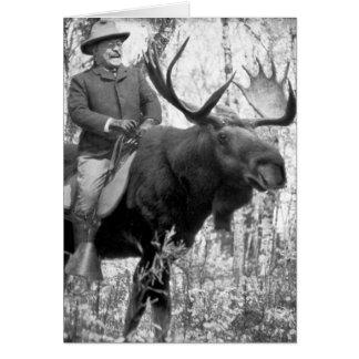 Cartão Teddy Roosevelt que monta um alce de Bull