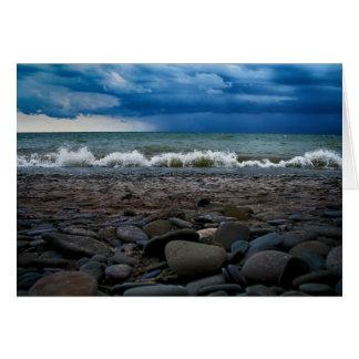Cartão Tempestade sobre o lago