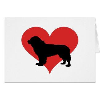 Cartão Terra Nova com um coração vermelho grande