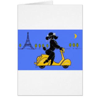 Cartão Torre Eiffel retro do patinete preto da caniche