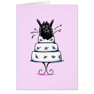 Cartão Truque preto do bolo de Pomeranian