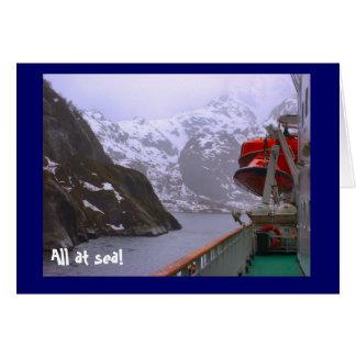Cartão Tudo no mar! , nos fiordes noruegueses