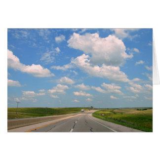 Cartão Turnpike de Kansas através das colinas do sílex