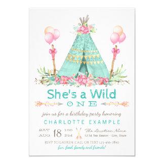 Cartão Um aniversário selvagem do Teepee da festa de