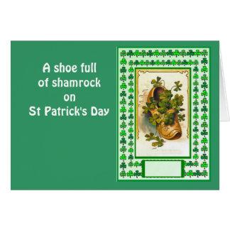 Cartão Um cheio dos calçados do trevo no Dia de São