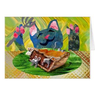 Cartão Um gato que come a torta do rato