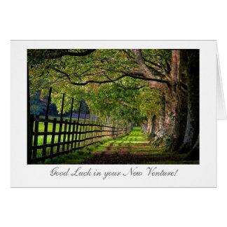 Cartão Uma caminhada no parque - boa sorte em seu risco