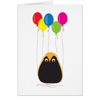 Cartão Uma coruja afortunada com balões felizes