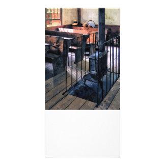 Cartão Uma escola da sala com fogão