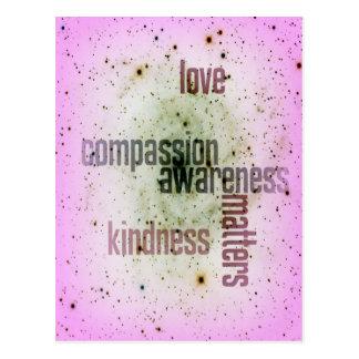 Cartão universal do amor das matérias da bondade cartão postal