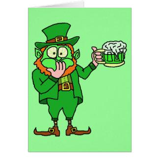 """Cartão """"Vai cerveja engraçada do Leprechaun do verde"""""""