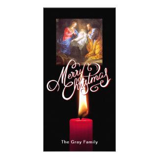 Cartão Vela do vermelho da cena da natividade do Feliz