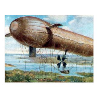 Cartão velho - dirigível movido a motor da guerra