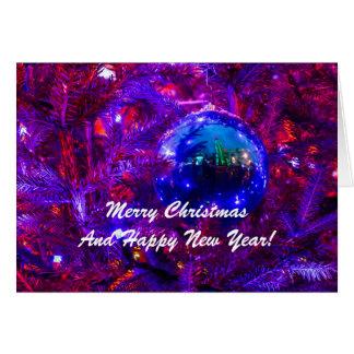Cartão Vermelho azul da bola do Natal