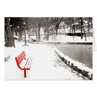 Cartão vermelho da neve do banco boas festas