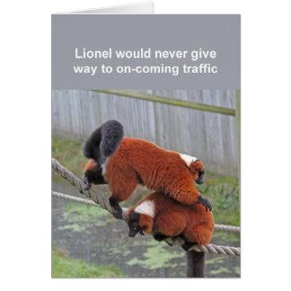 Cartão Vermelho-ruffed dos lemurs