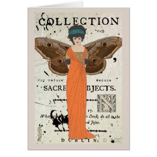 Cartão Vestido alaranjado voado Fatale da mulher de Femme