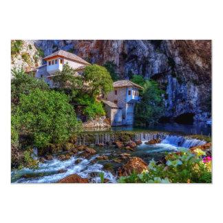 Cartão Vila pequena Blagaj na cachoeira do Buna, Bósnia e