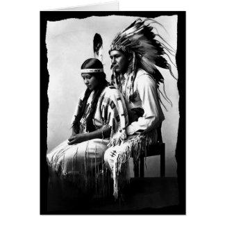 Cartão Vintage do tribo do Bannock do casal do amor do