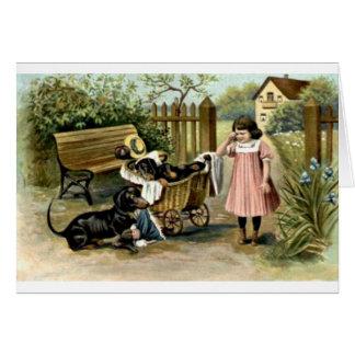 Cartão Vintage - menina & Dachshunds impertinentes,
