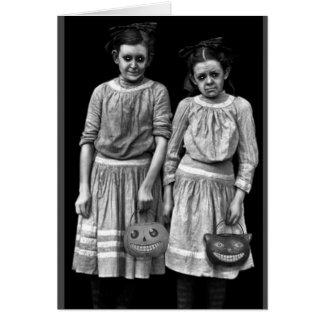 Cartão Vintage o Dia das Bruxas - minhas crianças são os