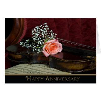 Cartão Violino e aniversário de casamento cor-de-rosa
