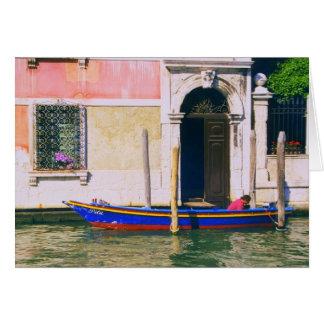 Cartão Vista do barco Venetian no canal grande Veneza