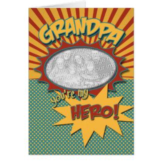 Cartão Vovô do herói da banda desenhada do dia dos pais
