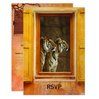 Cartão Wedding exótico do tigre RSVP dos gatos