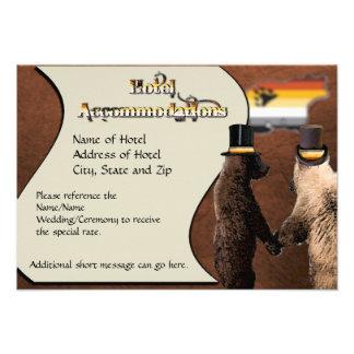 Cartões alegres das acomodações do casamento ou da convite personalizados