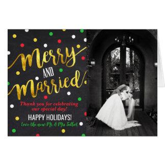 Cartões de agradecimentos alegres e casados do