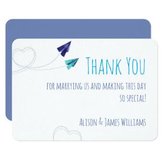 Cartões de agradecimentos planos de papel da