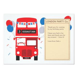 Cartões de agradecimentos vermelhos do aniversário
